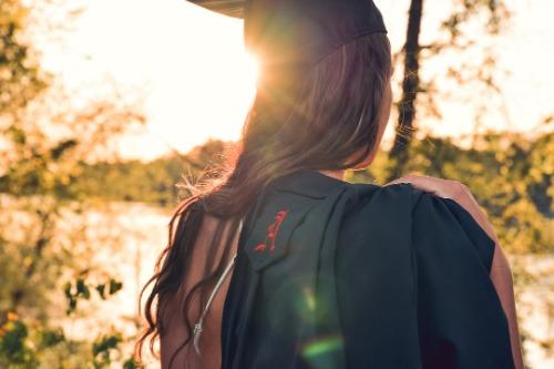 計劃轉行或準備升職好方法︰碩士課程